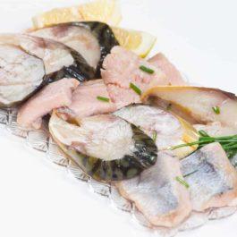 מגש דגים מעושנים