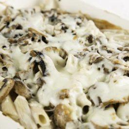 פסטה פנה ופטריות ברוטב פטריות מוקרם
